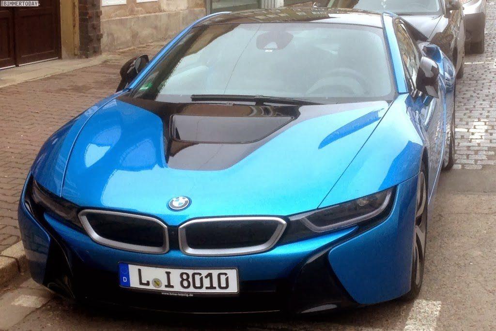 Bmw I8 In Protonic Blue Looks Slick