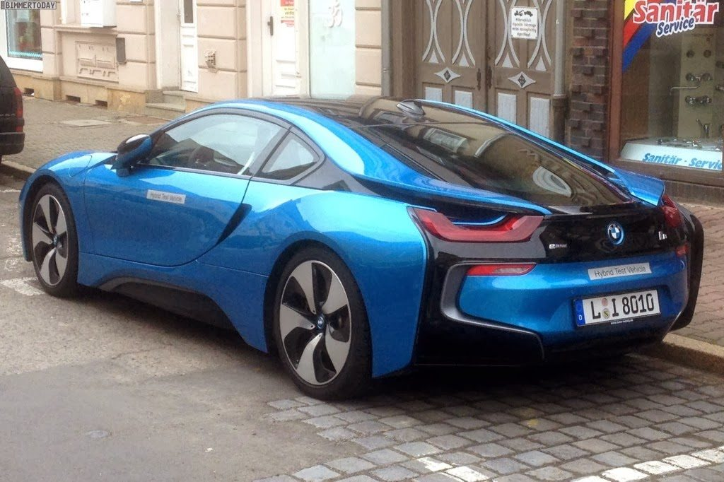 Bmw I8 In Protonic Blue Looks Slick