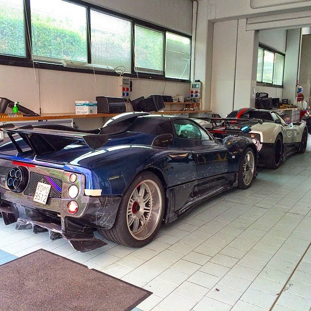 The First Pagani Zonda 760 Roadster Is Complete
