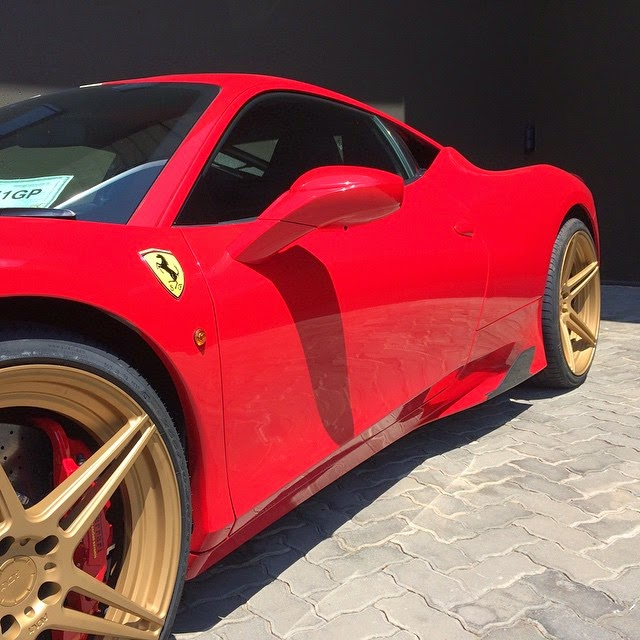 photos and work by race south africa - Ferrari 458 Gold Wheels