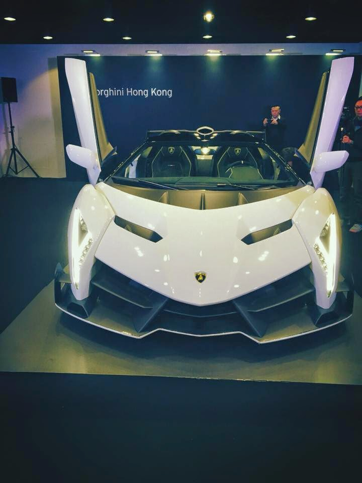 this example is finished in white and it looks astonishing i always think that lamborghinis look better in outrageous colours but the veneno is so