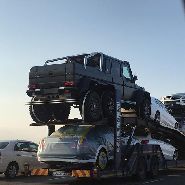 MercedesBenz G63 AMG 6X6s Steam Roll Into South Africa  TEN